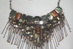 Metal-Stone-chain